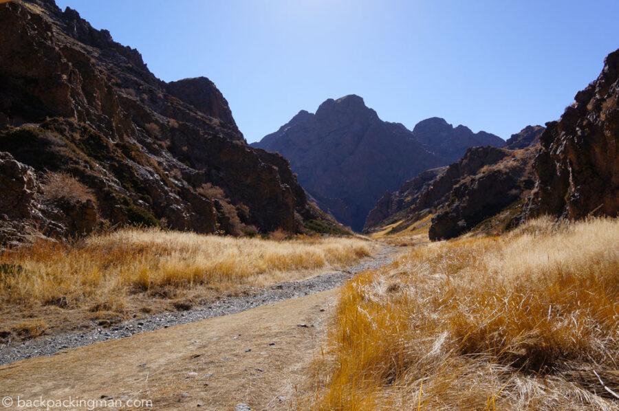 canyon-gobi-desert
