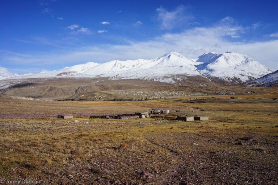 hiking-afghanistan-pamir-mountains-8