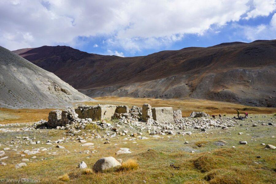 trekking-afghanistan-pamir-mountains-7jpg