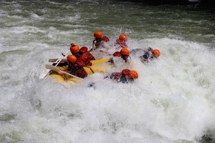 white water rafting Victoria Falls