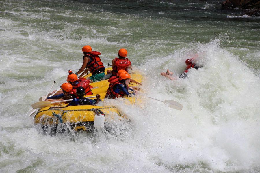 white water rafting Victoria Falls