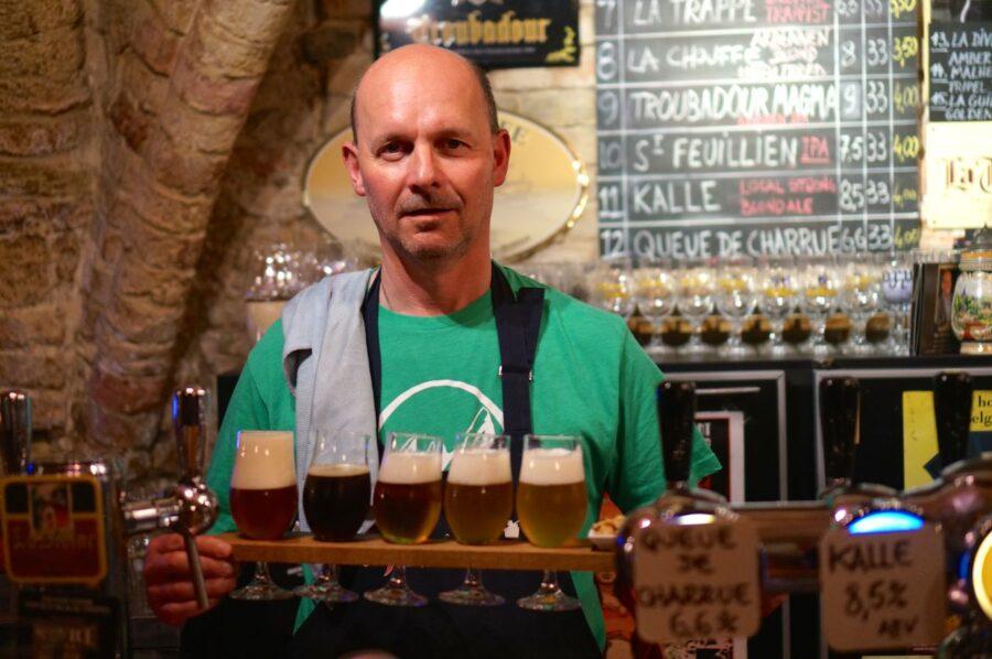 Brugge bartender.