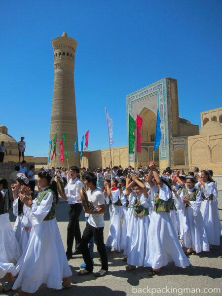 bukhara-festival-kalyan-minaret