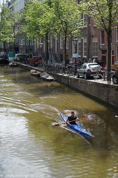 canoeing-amsterdam-canals