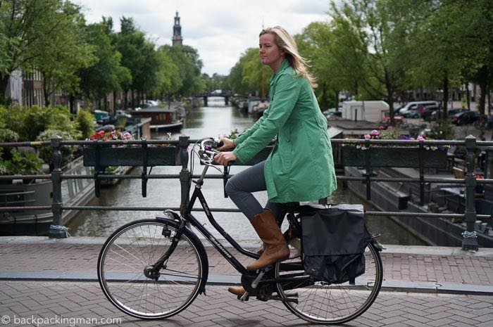 cycling-amsterdam-canals