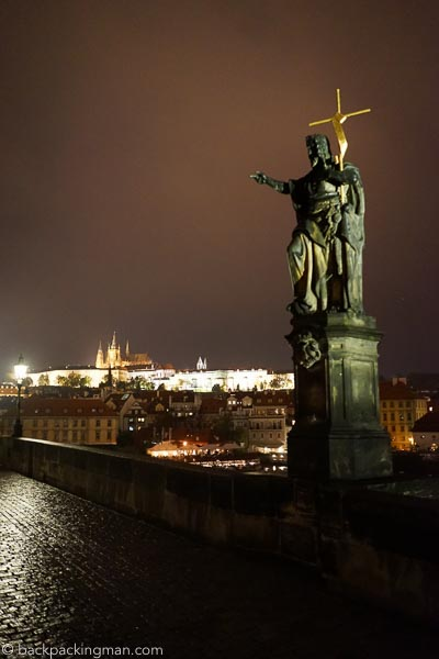 prague-at-night-1
