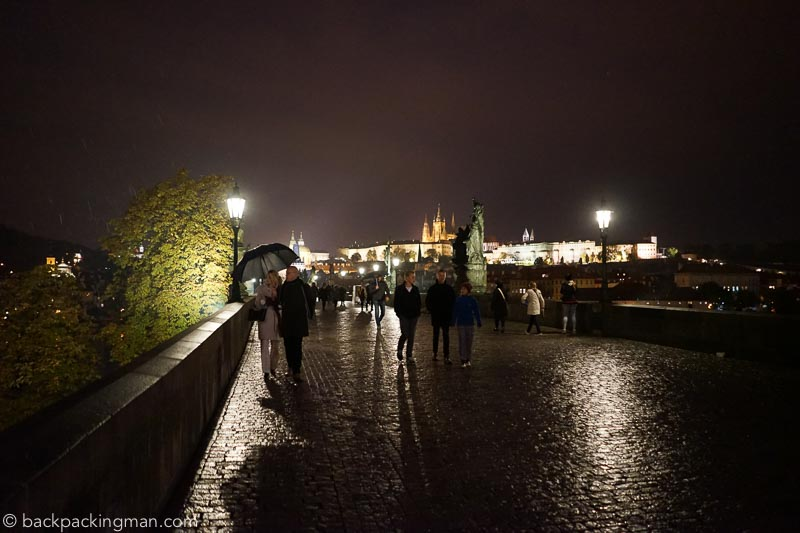 prague-at-night-3