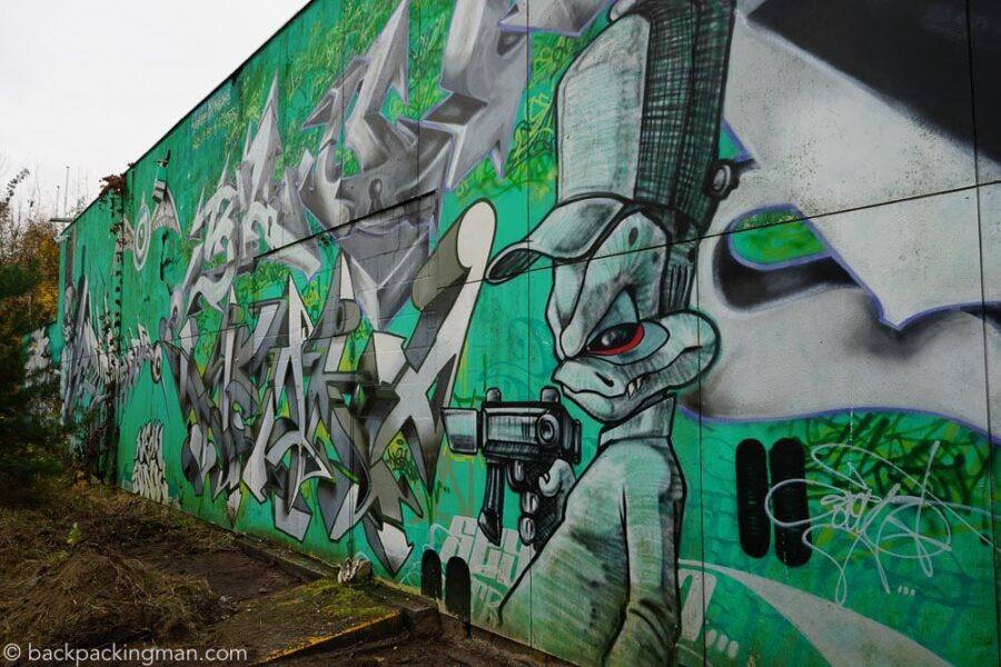 berlin-graffiti-street-art-teufelsberg-3