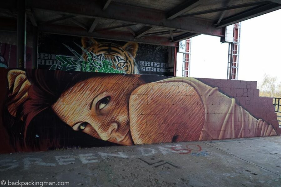 berlin-graffiti-street-art-teufelsberg-35