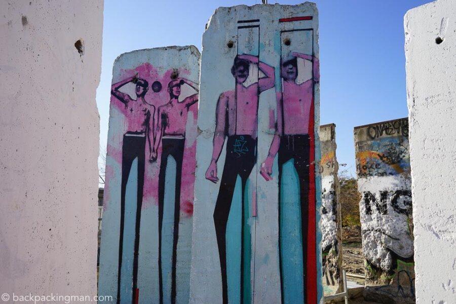 east-side-gallery-art-berlin-wall-20
