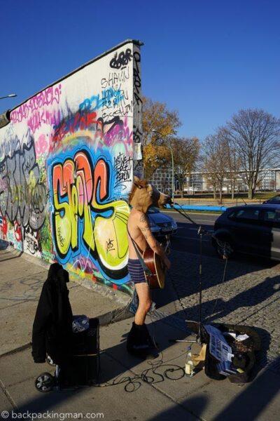 east-side-gallery-art-berlin-wall-7