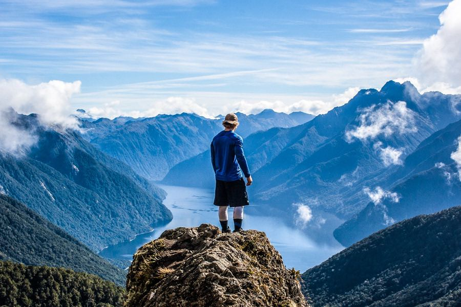 4 Amazing New Zealand Great Walks To Do (Tramping Away!)