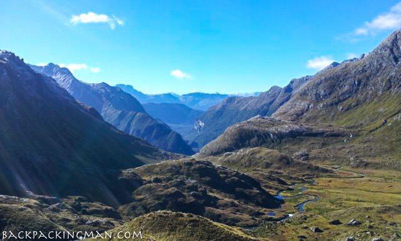 hiking-routeburn-track-new-zealand