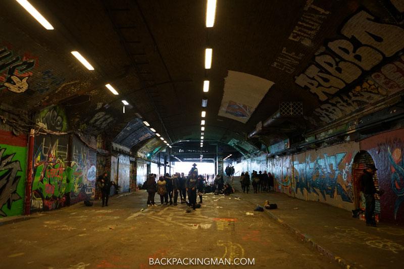 london graffiti tunnel