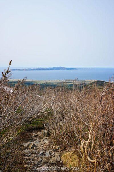 climbing-mount-rishiri-japan