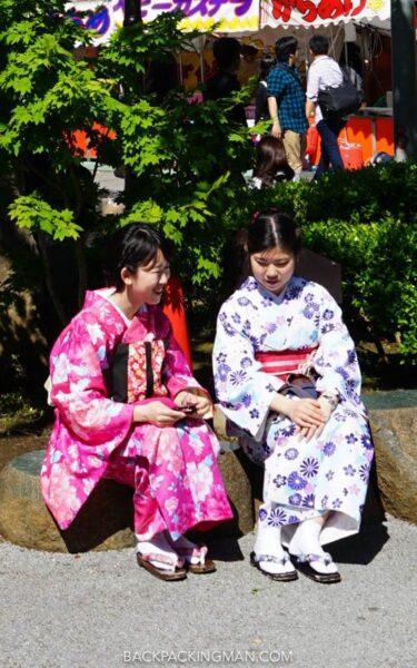senso-ji-tokyo-kimono