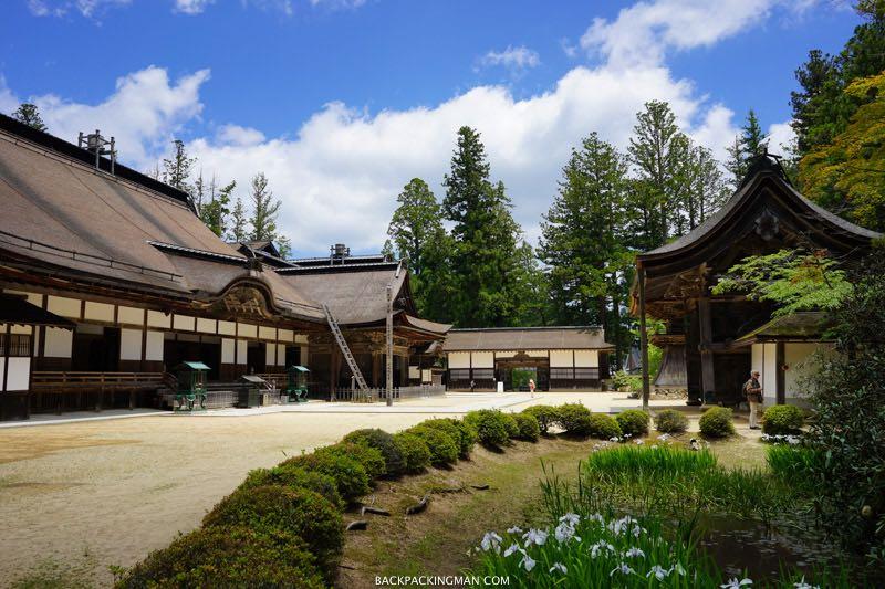 koyasan-temples-1