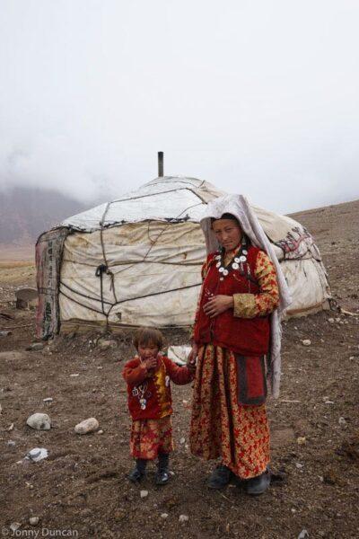 hiking-afghanistan-pamir-mountains-18
