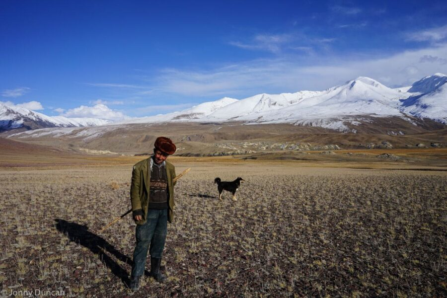 hiking-afghanistan-pamir-mountains-9