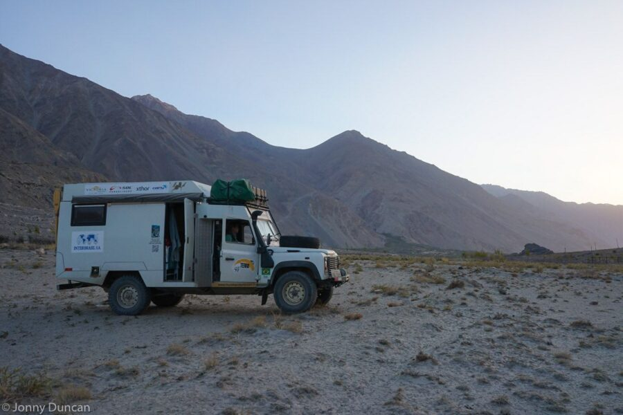 Brazil couples motorhome in the Afghanistan Wakhan Corridor