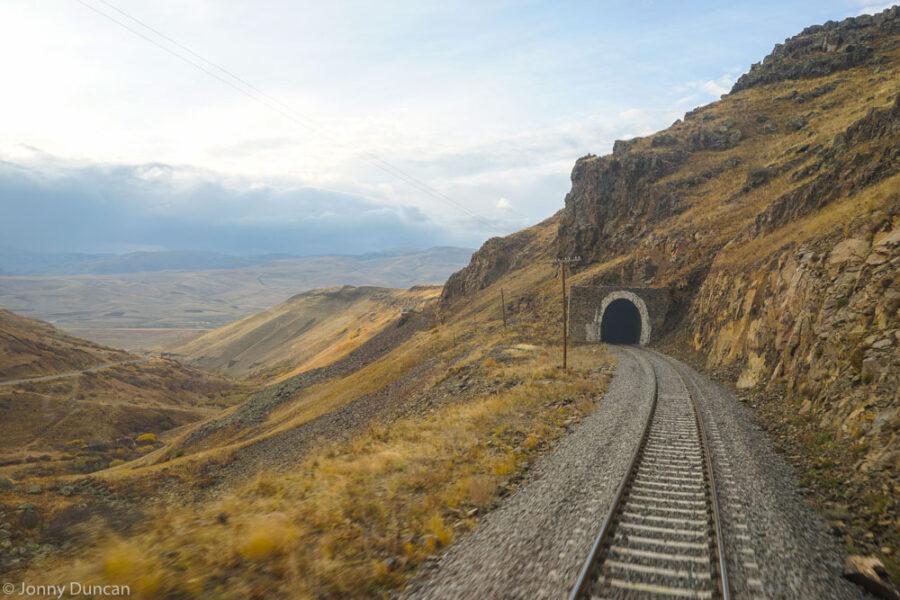 Taking The Overnight Sleeper Train From Ankara to Kars – Travel Turkey