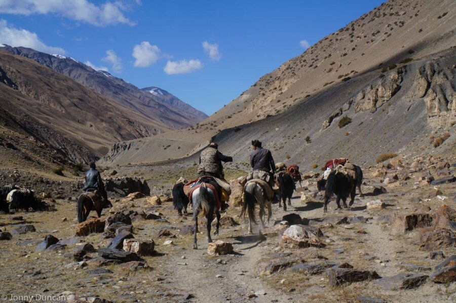 trekking-afghanistan-pamir-mountains-23