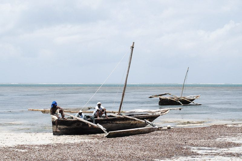 boats on the Kenyan coast - backpacking Kenya on a budget