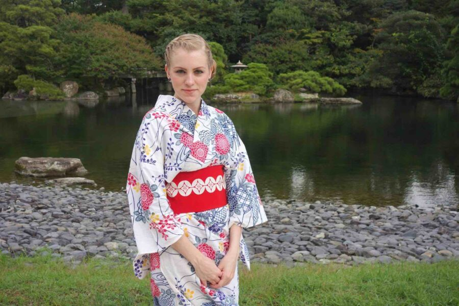 Living in Japan as A Foreigner  (The Good, The Bad, & The WTF)