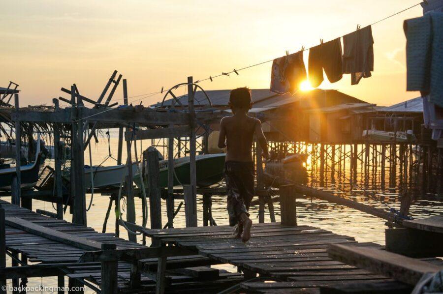 sea gypsy village Pulau mabul Sarawak