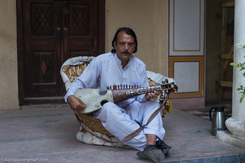 traditional musician pakistan