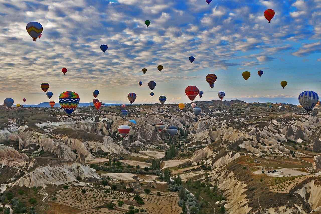 Cappadocia air balloon winter