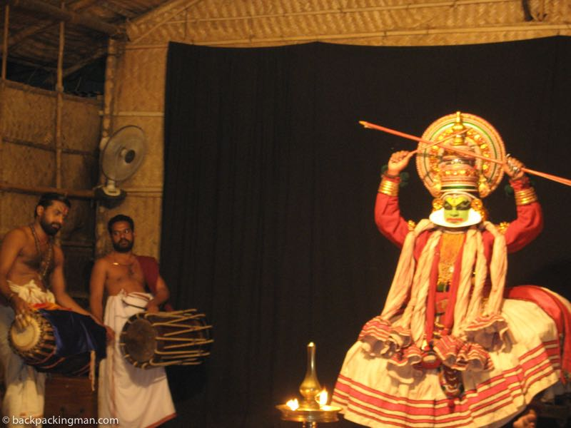 kerala kathakali dance centre show