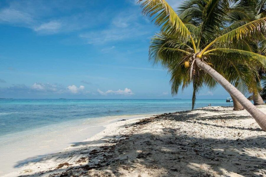 beach in Belize travel