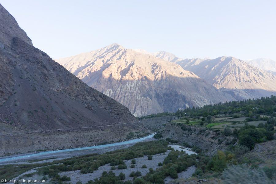 shandur to mustuj road