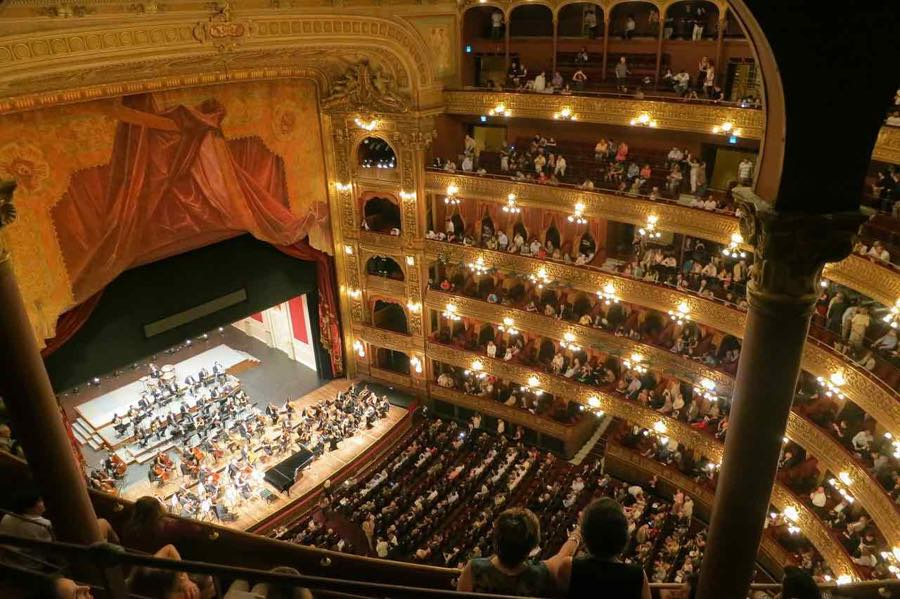 opera in Buenos Aires