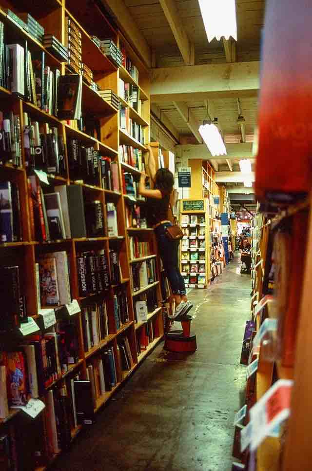 Powells City of Books - things to do in Portland Oregon